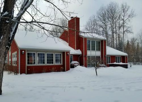 Impressive Home on over 4 Acres on Shoal Lake!!
