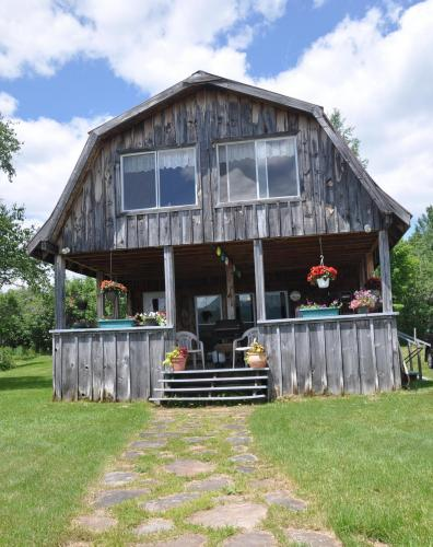 SOLD: Chazy Lake Cabin
